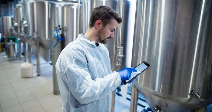 Pharmaceutical ERP: How Meta-Pharma helps to grow Manufacturing SMEs?